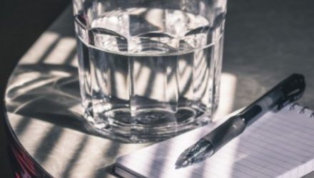 Техника «Стакан воды»