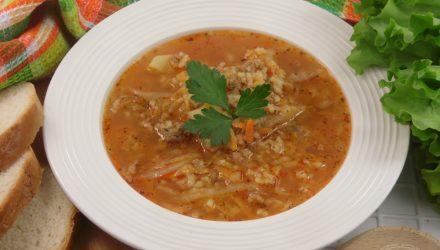 Рисовый суп с капустой и фаршем