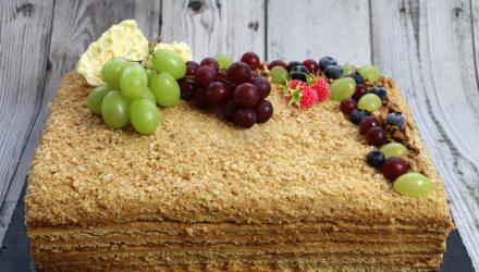 Тортик «Дешевый» с фруктами