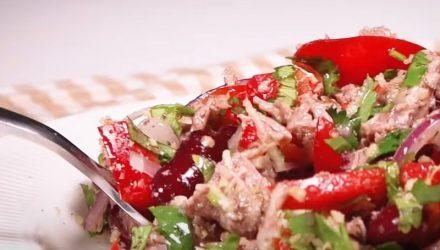Сытный и быстрый в приготовлении салат «Тбилиси»